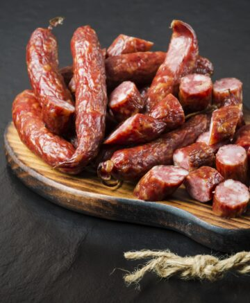 smoked sausage on platter